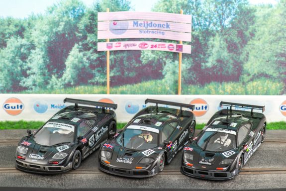 Ueno Clinic van Ninco, Mr Slotcar en Scalextric
